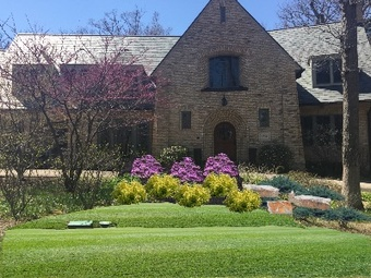 Lawn Mowing Contractor in Highland Park , IL, 60035