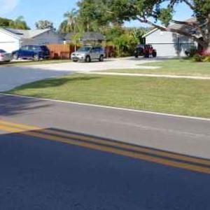 Lawn Mowing Contractor in Seminole, FL, 33777