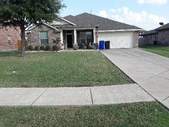Lawn Mowing Contractor in Forney, TX, 75126