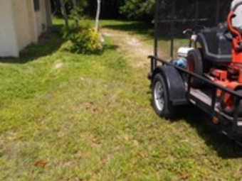 Lawn Mowing Contractor in Miami, FL, 33170
