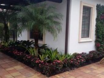 Lawn Mowing Contractor in Estero, FL, 33928