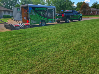 Lawn Mowing Contractor in Oklahoma City, OK, 73120