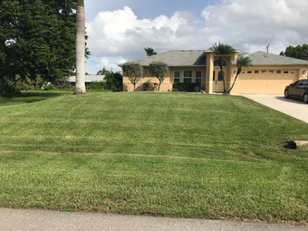 Lawn Mowing Contractor in Cape Coral , FL, 36909