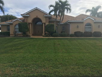 Lawn Mowing Contractor in N. Fort Myers, FL, 33918