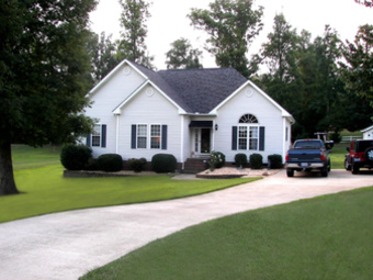 Lawn Mowing Contractor in Raleigh , NC, 27601