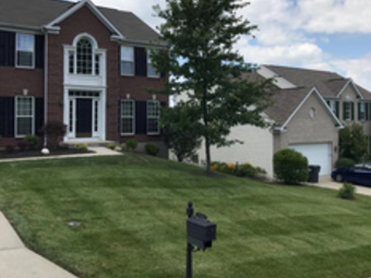 Lawn Mowing Contractor in Cincinnati, OH, 45211