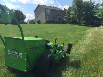 Lawn Mowing Contractor in Indianapolis, IN, 46217