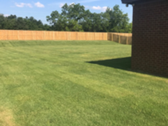 Lawn Mowing Contractor in Deatsville, AL, 36022