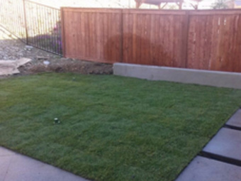 Lawn Mowing Contractor in Vista, CA, 92084