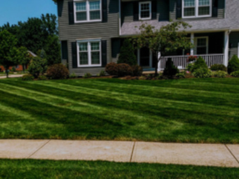 Lawn Mowing Contractor in Cleveland, OH, 44104