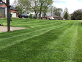 Lawn Mowing Contractor in Coatesville , IN, 46121