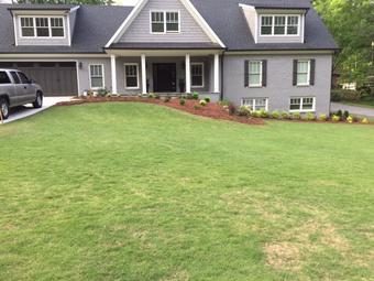 Lawn Mowing Contractor in Sugarhill, GA, 30518