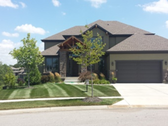 Lawn Mowing Contractor in Shawnee, KS, 66218