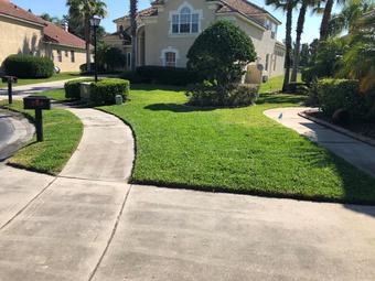 Lawn Mowing Contractor in Orlando, FL, 32828