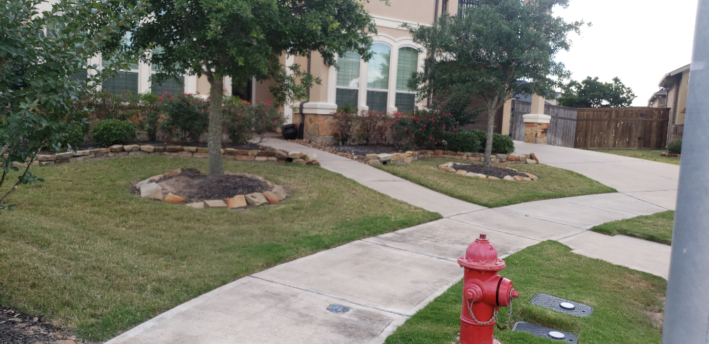 Lawn Mowing Contractor in Houston , TX, 77084