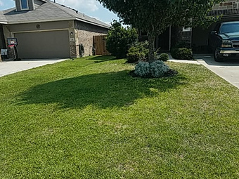 Lawn Mowing Contractor in Conroe, TX, 77304