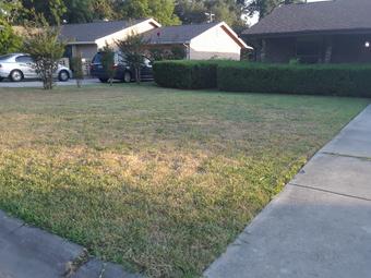 Lawn Mowing Contractor in San Antonio, TX, 78203