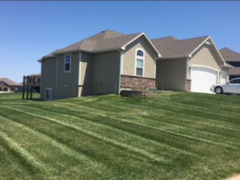 Lawn Mowing Contractor in Tonganoxie , KS, 66086