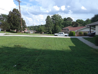 Lawn Mowing Contractor in Decatur, GA, 30032
