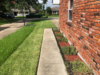 Lawn Mowing Contractor in New Orleans, LA, 70131