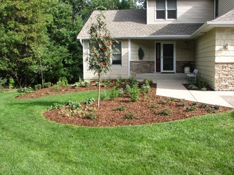 Lawn Mowing Contractor in Nashville, TN, 37013