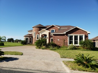 Lawn Mowing Contractor in Corpus Christi, TX, 78411