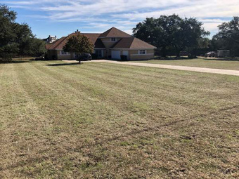 Lawn Mowing Contractor in Bulverde, TX, 78163