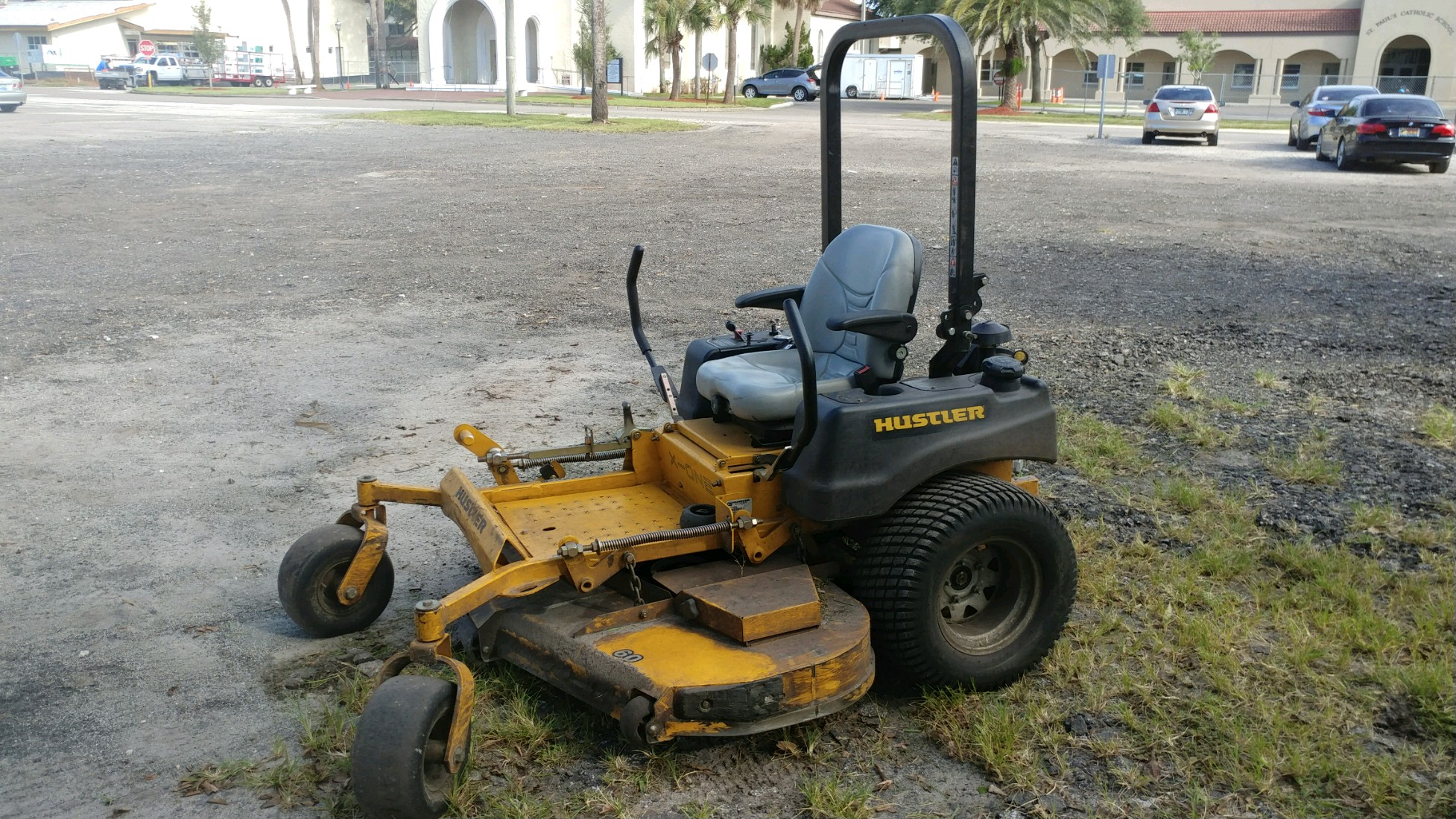 Lawn Mowing Contractor in Jacksonville, FL, 32233