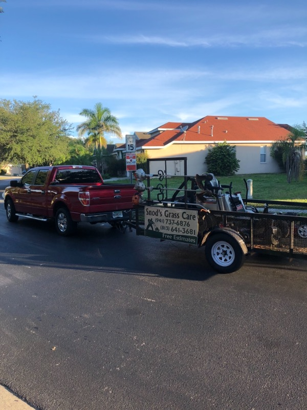 Lawn Mowing Contractor in Wimauma, FL, 33598