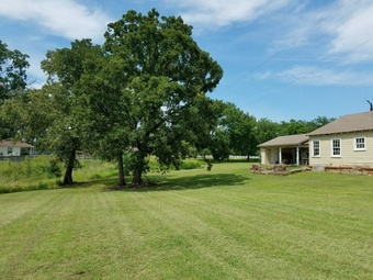 Lawn Mowing Contractor in Frankston, TX, 75763