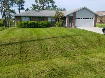 Lawn Mowing Contractor in Fort Myers, FL, 33905