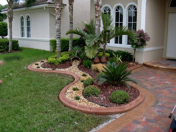 Lawn Mowing Contractor in Boynton Beach, FL, 33473