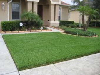 Lawn Mowing Contractor in Vero Beach, FL, 32967