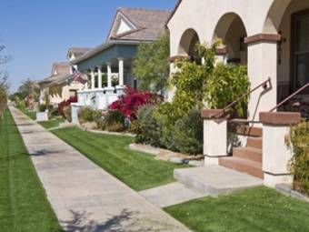 Lawn Mowing Contractor in Phoenix, AZ, 85042