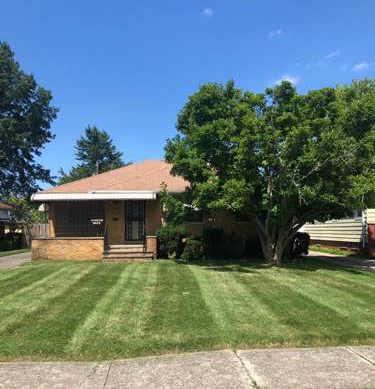 Lawn Mowing Contractor in Parma, OH, 44134