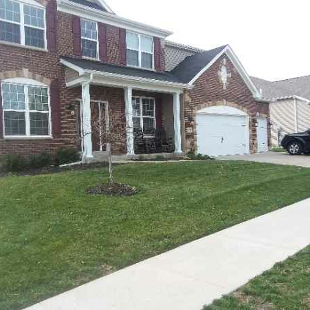Lawn Mowing Contractor in Saint Charles, MO, 63303