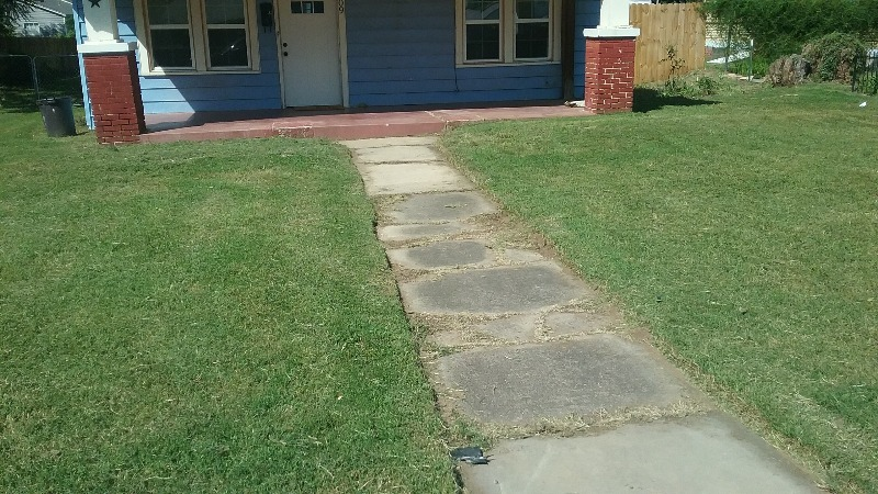 Lawn Mowing Contractor in Bethany, OK, 73162