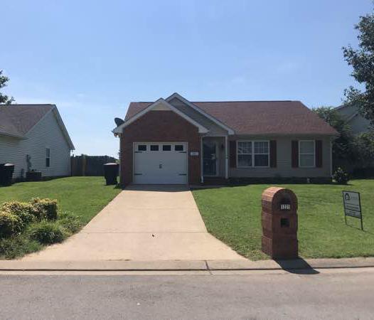 Lawn Mowing Contractor in Bradyville, TN, 37026