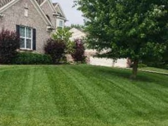 Lawn Mowing Contractor in Avon, IN, 46121
