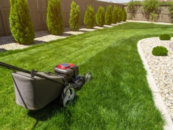Lawn Mowing Contractor in Upper Marlboro, MD, 21146