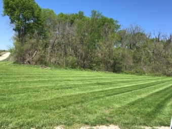 Lawn Mowing Contractor in Tonganoxie, KS, 66086