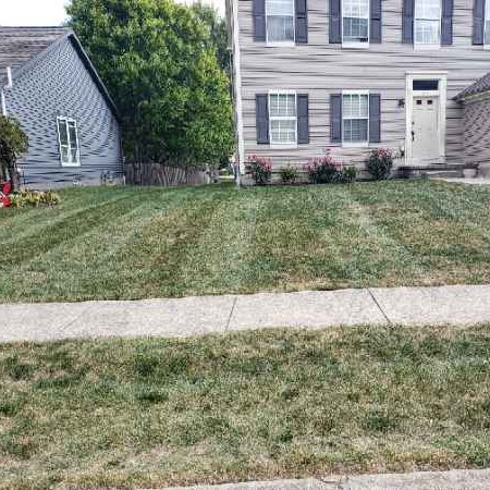 Lawn Mowing Contractor in Pataskala, OH, 43073