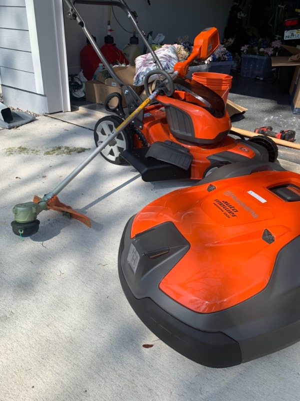 Lawn Mowing Contractor in Jacksonville, FL, 32250