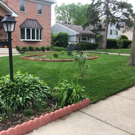 Lawn Mowing Contractor in Chicago, IL, 60707