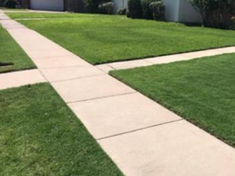 Lawn Mowing Contractor in Rowlett, TX, 75089