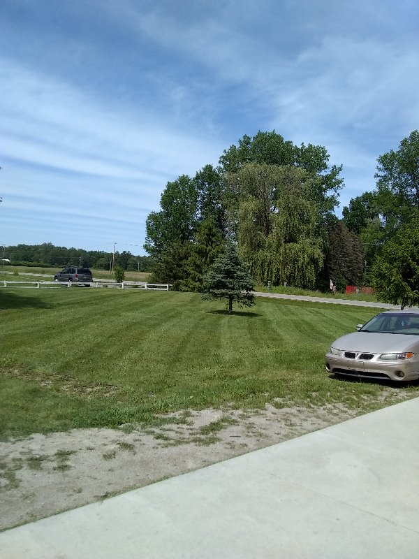 Lawn Mowing Contractor in Willis, MI, 48191