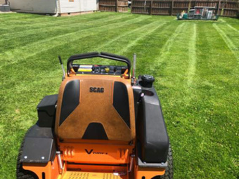Lawn Mowing Contractor in Crest Hill, IL, 60403