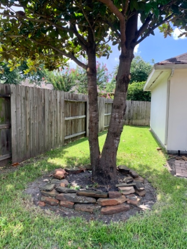 Lawn Mowing Contractor in Humble, TX, 77338