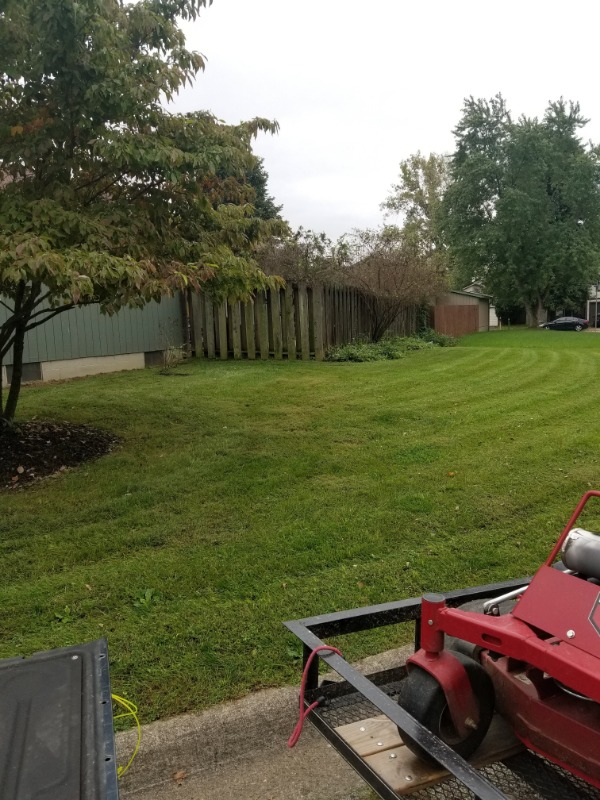Lawn Mowing Contractor in Gahanna, OH, 43123