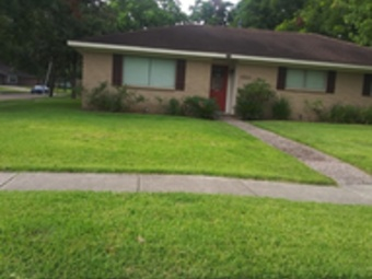 Lawn Mowing Contractor in Houston, TX, 77047